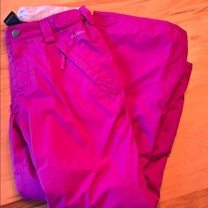Girls magenta snow pants from north face.